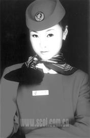 乘务员李路