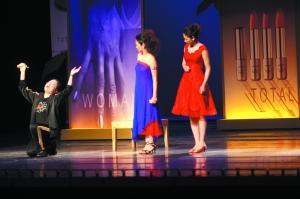 《这一夜,Women说相声》更多依靠演员们的个人魅力折倒观众