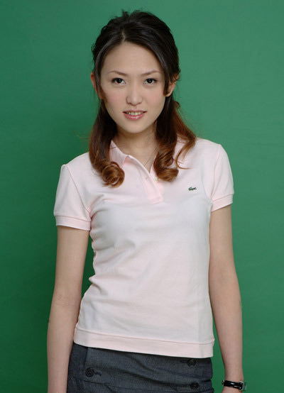 图文:台北九球美女张舒涵 美丽职业微笑