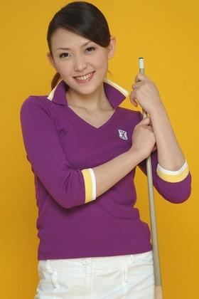 图文:台北九球美女张舒涵 阳光纯美笑容