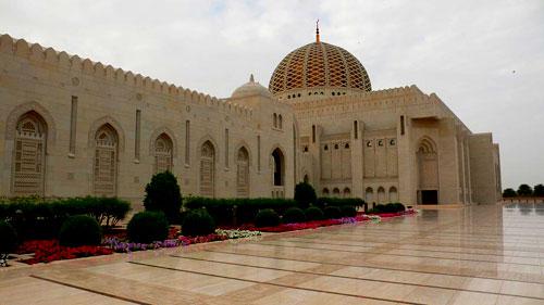 马斯喀特大清真寺外观