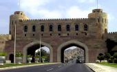 吸引无数游客前往的标志性建筑物:马斯喀特门