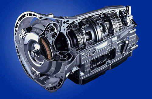 奔驰的7速自动变速器(7G-TRONIC)也将会出现在双龙主席W的配置单中