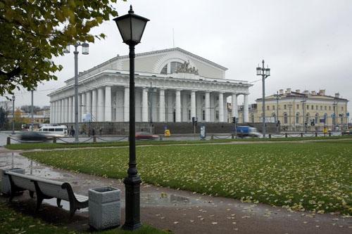 图文:圣彼得堡著名景点- 海军总部