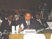 人物简介:坦桑尼亚总统贾卡亚·姆里绍·基奎特