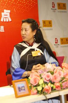 全国政协委员 丽江市副市长杨一奔