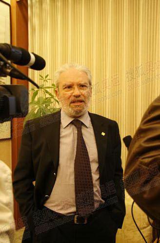 图文:希腊奥林匹亚市长访京 搜狐采访现场图20