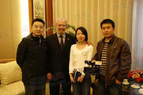 市长先生与搜狐报道组成员