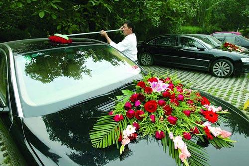 刘国梁结婚时用的婚车也非同一般