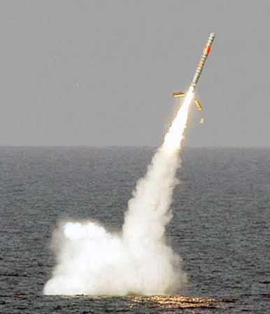 资料图:美国海军洛杉矶级和俄亥俄级核潜艇均装备有战斧巡航导弹