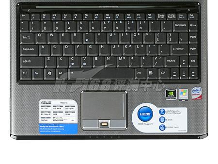 综合而言,华硕F6S并不是高性能定位的产品,但对于家庭环境中的一系列使用特点,进行了明显的侧重,特别是在高清视频播放部分,全硬件解码的NVIDIA Geforce 9300M G显卡加上HDMI高清数字接口配备,让这款产品能够傲视同类家用机,轻松保证家庭娱乐的流畅性。