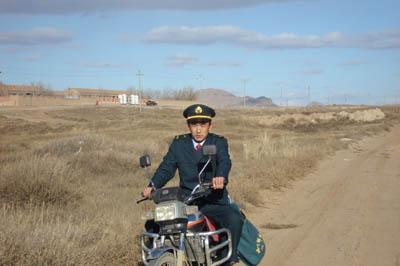 内蒙古乡村邮递员全二平