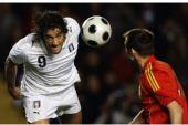 图文:西班牙VS意大利 托尼面目狰狞