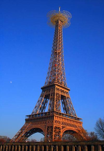 埃菲尔铁塔120周年 空中漫步看巴黎-搜狐女人