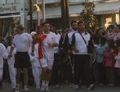 组图:奥运圣火抵达第三日第五站韦里亚