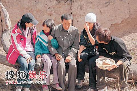 袁咏仪远赴甘肃兰州作亲善探访