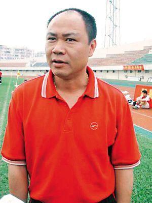 图文:[中超]2008赛季16强主帅 深圳主帅麦超