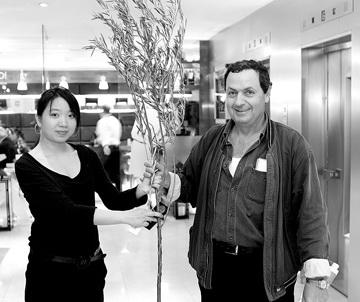 珍贵橄榄枝启程到北京