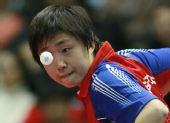 图文:新加坡冯天薇晋级决赛 竟成