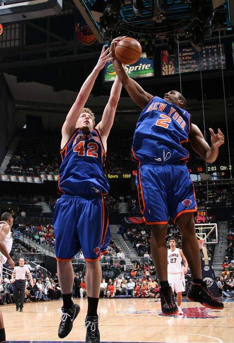 图文:[NBA]老鹰赢尼克斯 尼克斯双鬼拍门
