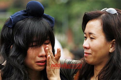 百名台商子弟举行成人礼跪拜父母