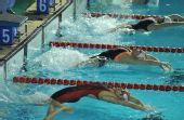图文:全国冠军赛第二日预赛 选手们入水瞬间
