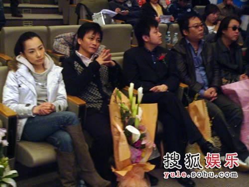 刘璇、李承鹏、涂惠元等好友前来祝贺