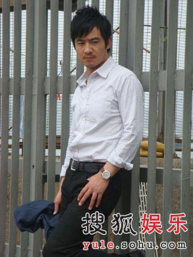 郭晓冬出任MV男主角