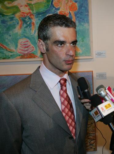 希腊共和国旅游部长Aris Spiliotopoulos先生接受采访