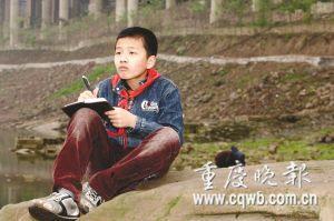 陈星橦记录嘉陵江河坝污染