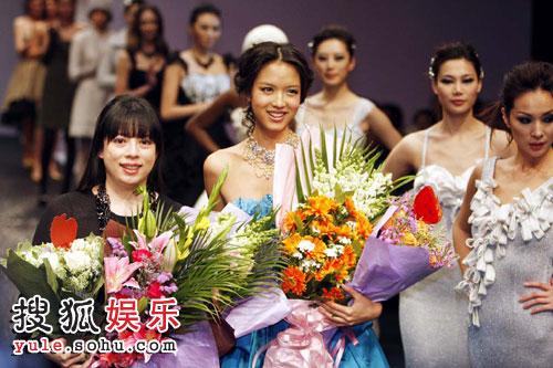 张梓琳(右)与潘怡良完美谢幕