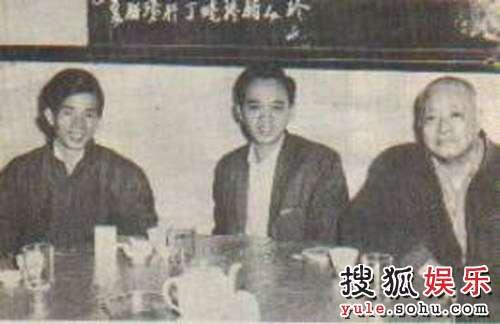 左一刘家良,右一刘湛。