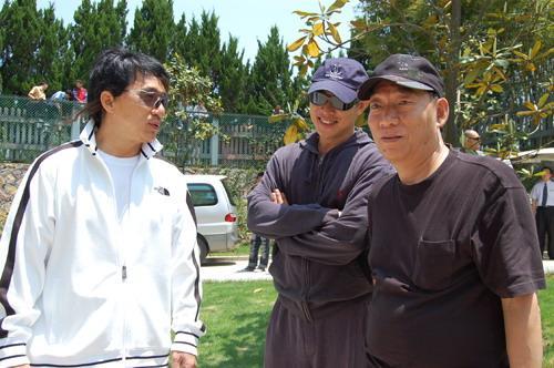 袁和平、成龙、李连杰将在新片《功夫之王》里合作,三大高手难得的联合,怎不叫人期待。