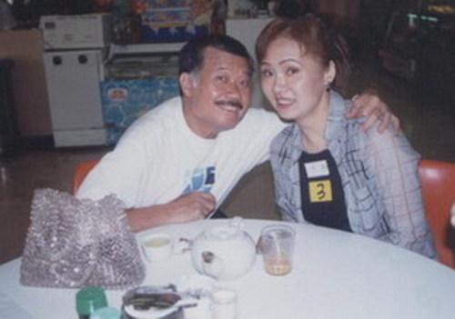别看唐佳武师一名,却深得女明星喜欢,雪妮、陈宝珠就是其中两位,而唐佳最后娶了雪妮过门。