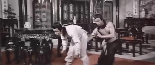 《胡惠乾怒打机房》戚冠军大战谭道良,这镜头设计得有些……,这招叫什么?