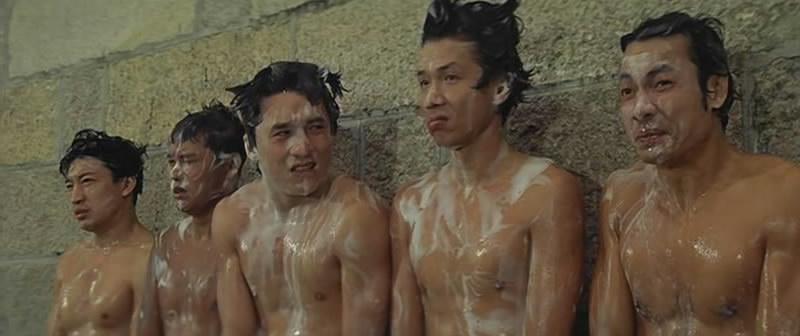 《A计划》左起:唐炎灿、第二个不认识、成龙、太保、王坤