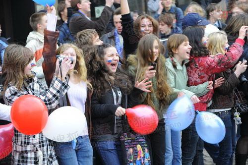 热情兴奋的俄罗斯美少女们