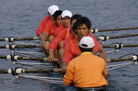 图文:奥运舵手选拔圆满谢幕 何柳赛艇就位