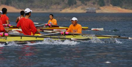 图文:奥运舵手选拔圆满谢幕 张德常领先郝彤