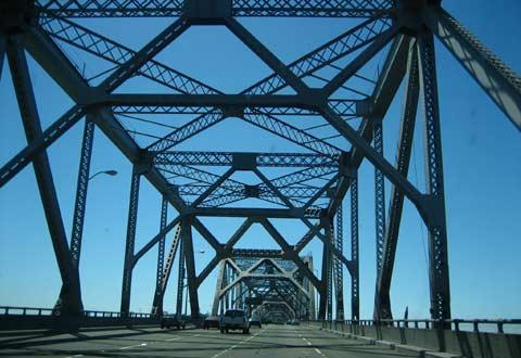 奥克兰海湾大桥桥面