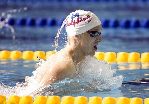 图文:加拿大游泳奥运入选赛 布莱恩在比赛中