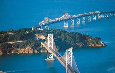 奥克兰海湾大桥