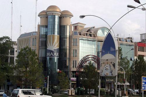 真纳大街旁的建筑