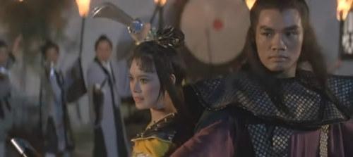 《天蚕变》杨菁菁、罗莽