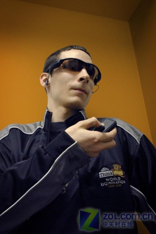 间谍试眼镜带摄像头 可播放MP3音乐