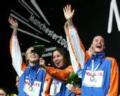 图文:08短池世锦赛首日决赛 荷兰队夺冠很兴奋