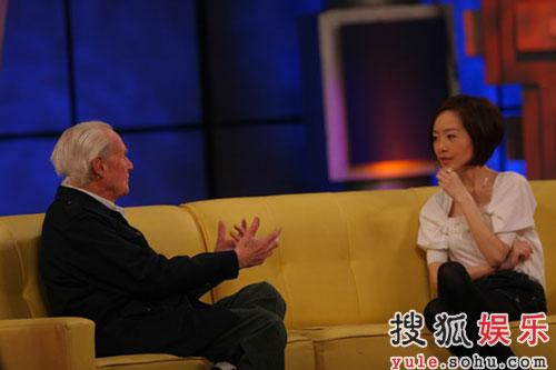 中国籍表演艺术家沙博理做客《鲁豫有约》