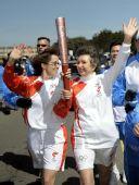 图文:奥运会火炬在旧金山传递 火炬手加尔佩林