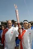 图文:北京奥运会火炬在旧金山传递 火炬手沙阿