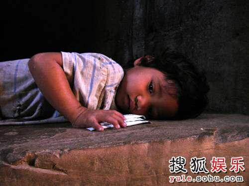 于波镜头里的柬普寨儿童
